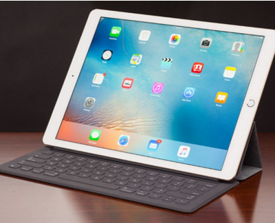 iPad pro 9 7 with keyboard